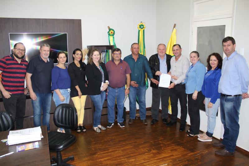 Oficializado repasse de R$189 mil para aquisição de mais um ônibus escolar